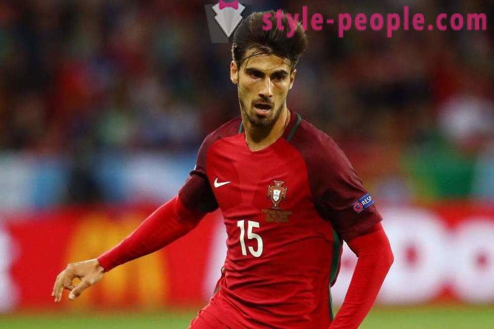 Biography Portuguese player Andre Gomes