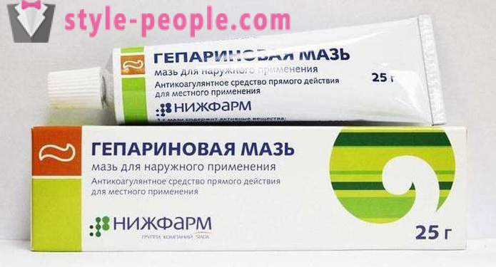 Heparin ointment of wrinkles under the eyes: reviews, features and application efficiency