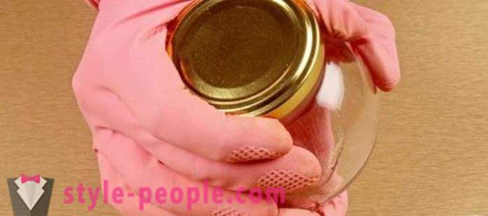 How to quickly open a jar with screw cap