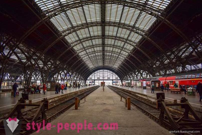 Of the largest train station in Europe Walk