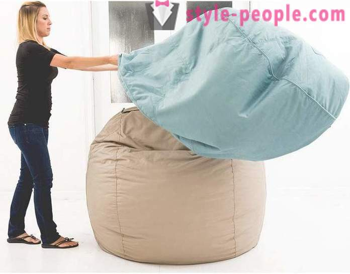 As on the cloud giant pillow, conquered the Internet