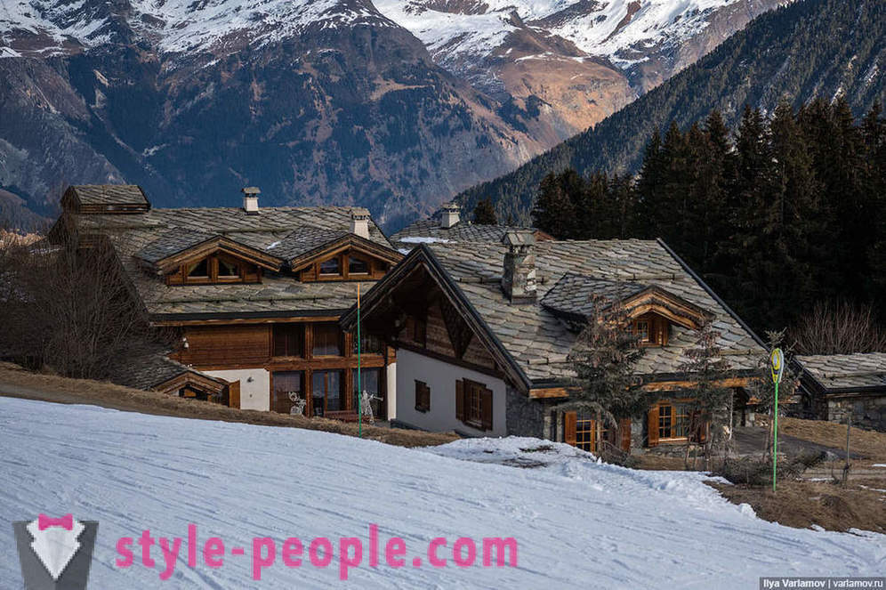 Courchevel architecture and how much it costs