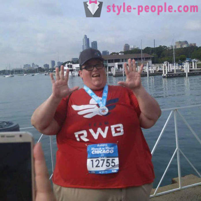 Run, without stopping: man weighing 250 kg inspires people by his example