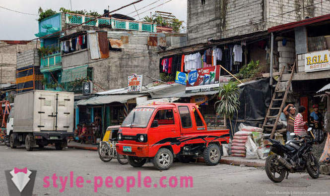 Life in the slums of Manila