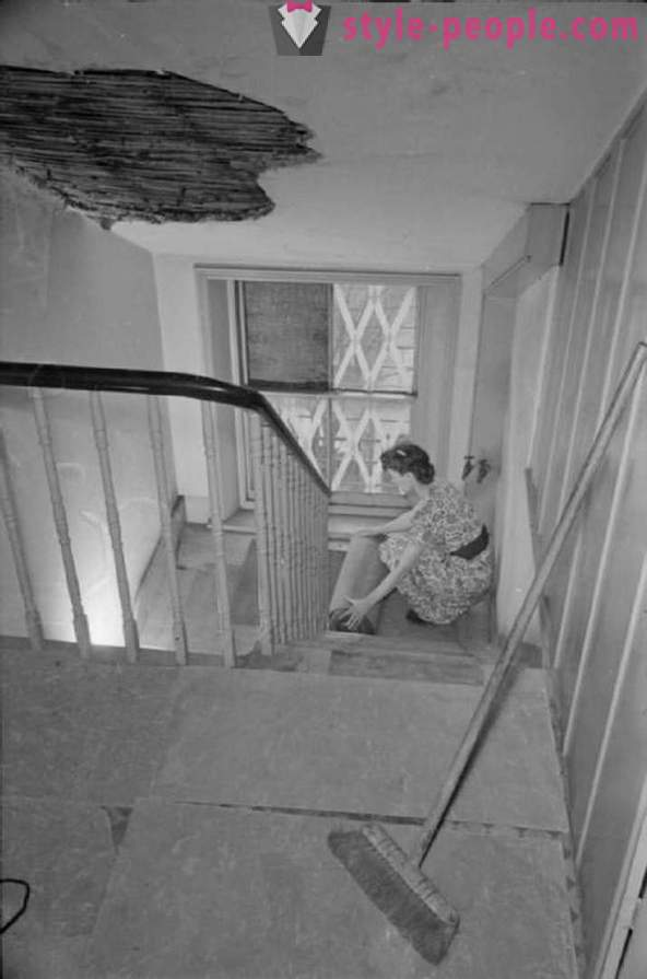 A day in the life of a woman in 1941