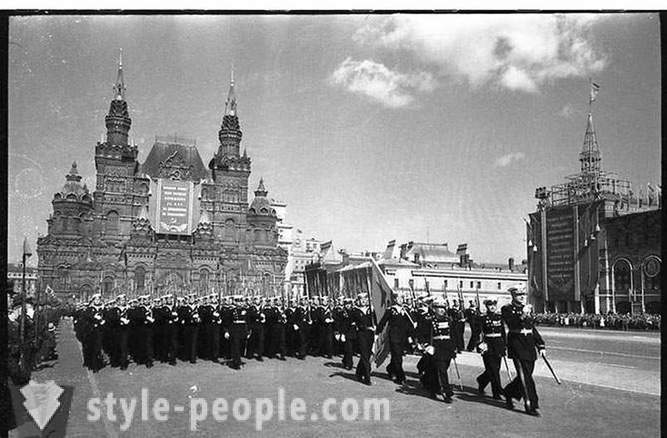The parade on Red Square on May 1, 1951