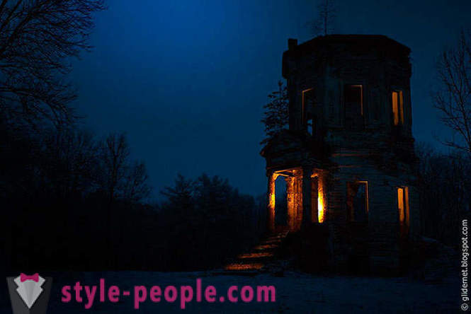 Night Watch - atmospheric pictures of abandoned buildings