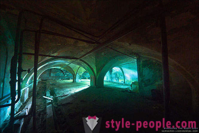 3D-shooter in reality - abandoned basements plant