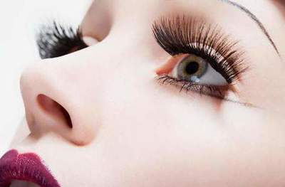 Eyelash extensions. increasing effects: natural, puppet, fox, surround. eyelash extension technology