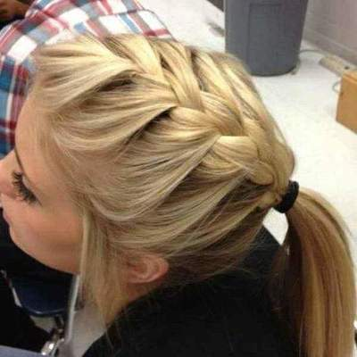 Simple hairstyles with a rubber band