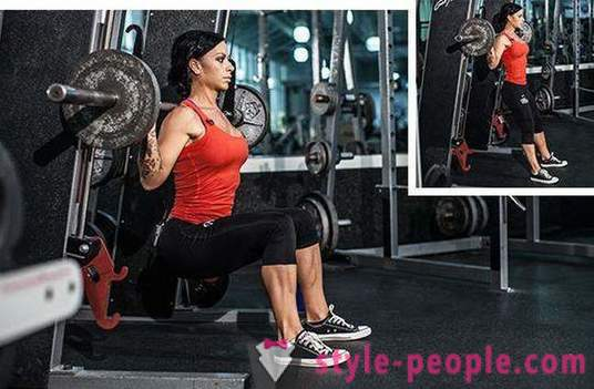 Female bodybuilding. The complex power of exercises for women