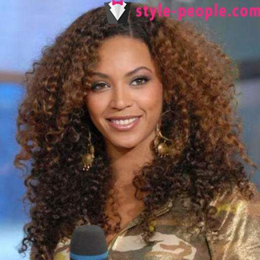 Hairstyles for curly hair: features of care